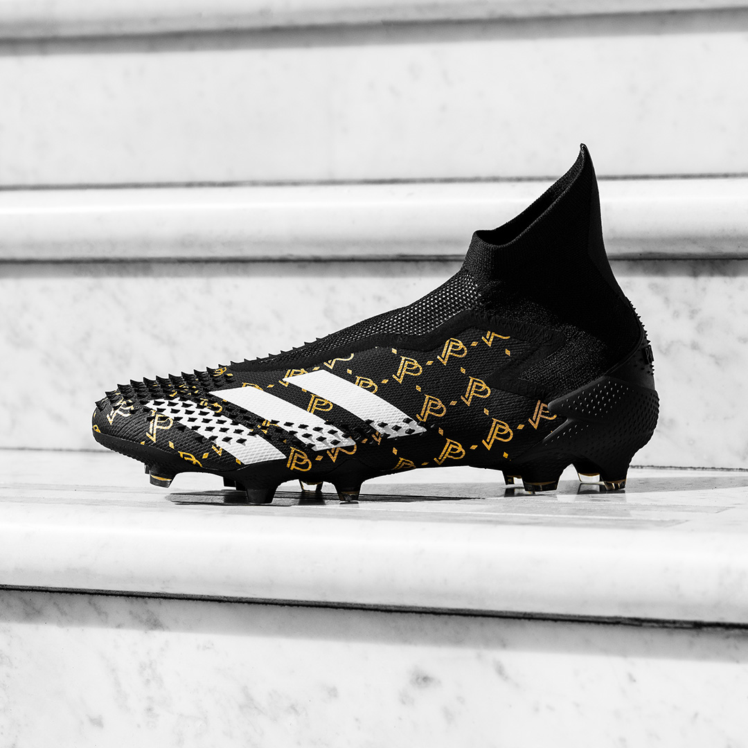 Adidas Predator 20 Pogba Season 7 với logo 'PP' mạ vàng sang trọng