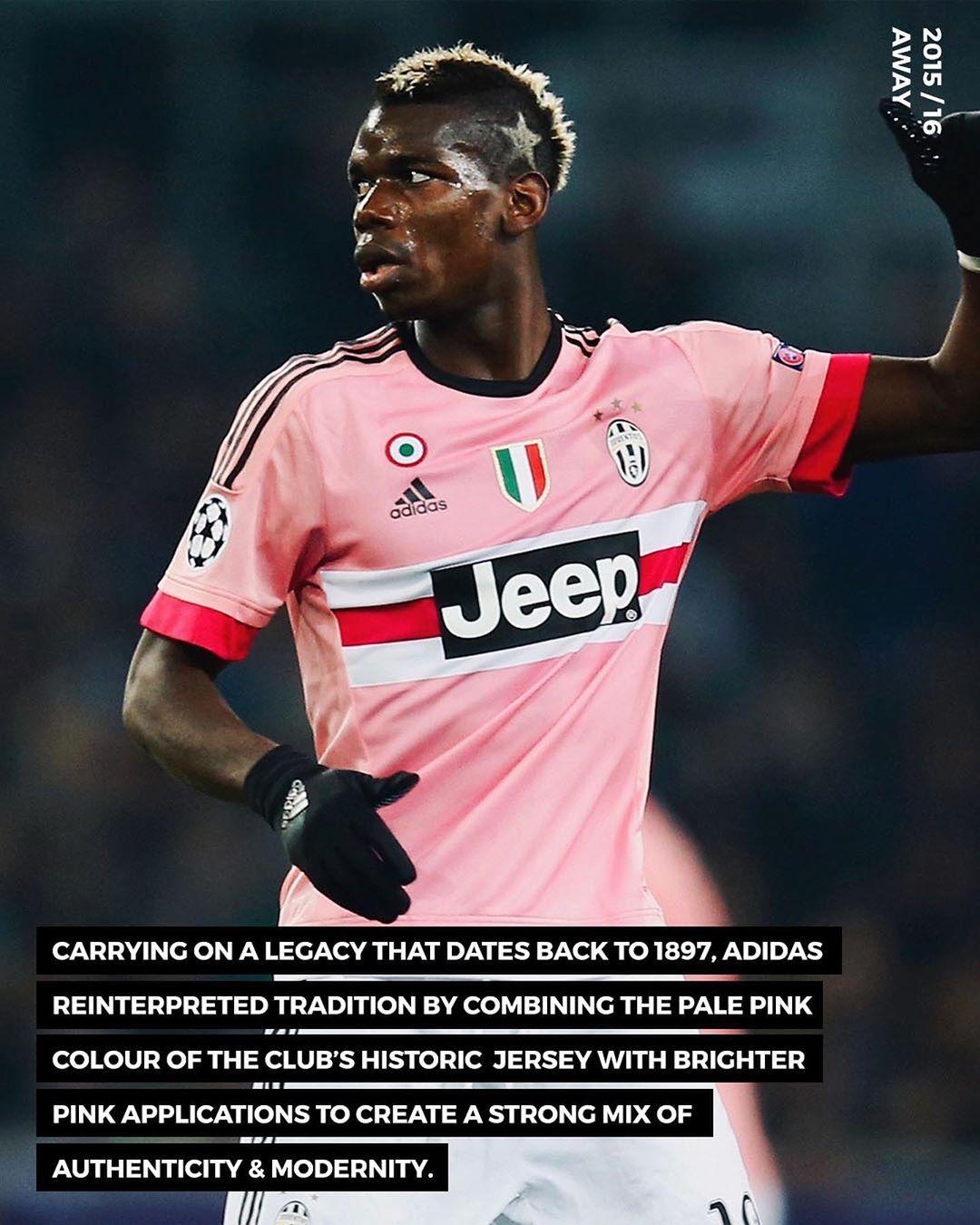 Trang phục sân khách của Juventus mùa giải 2015-2016