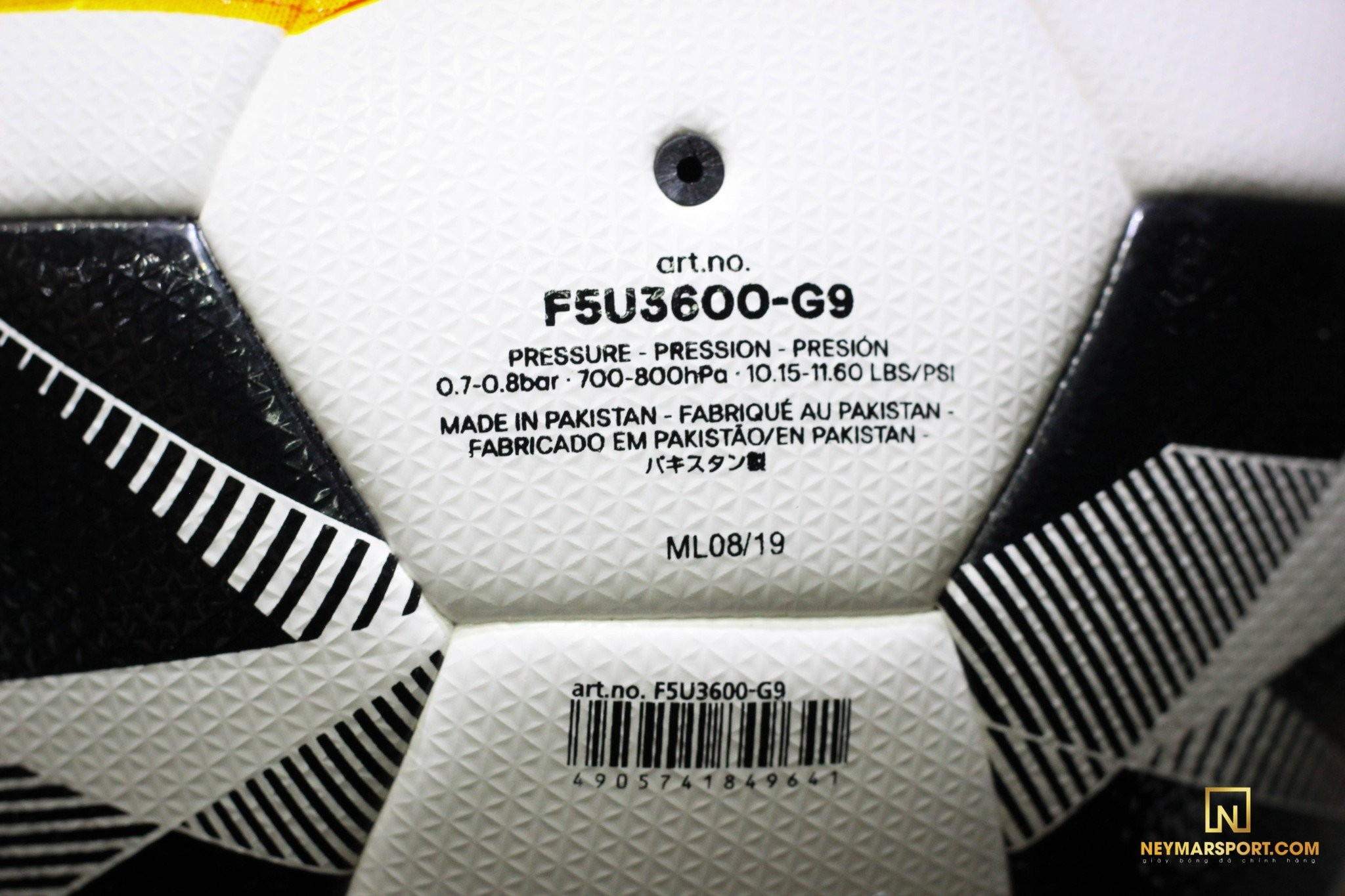 Bóng đá MOLTEN F5V3600-G9