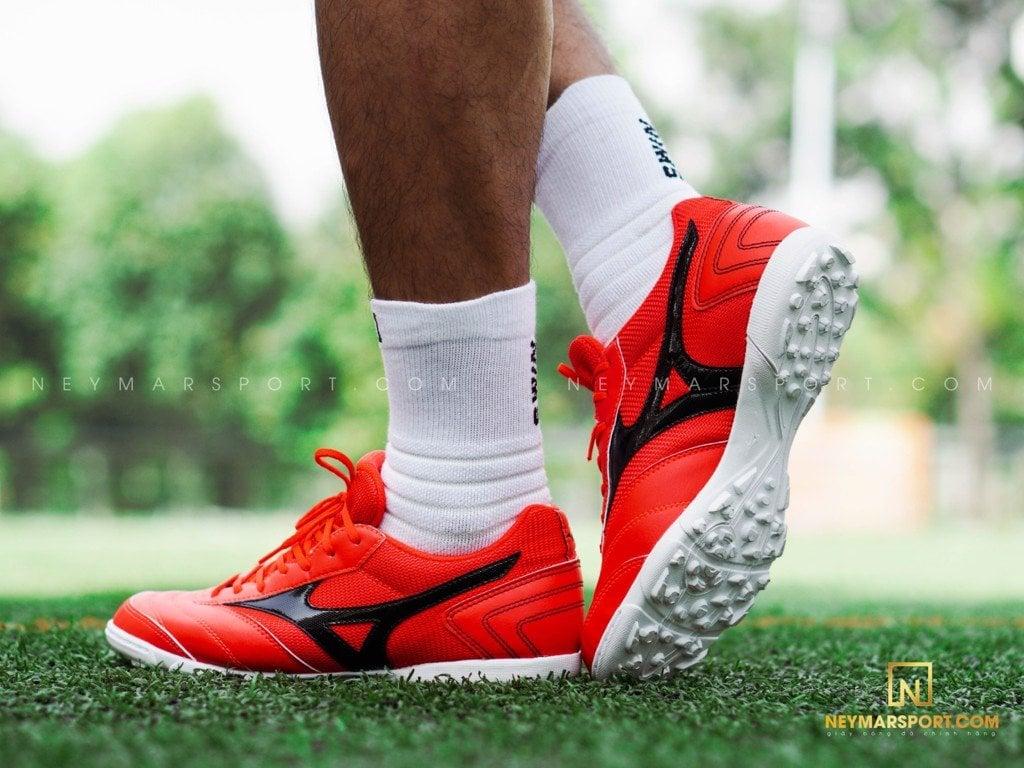 Top 4 giày cỏ nhân tạo Mizuno chính hãng giá rẻ được ưa chuộng nhất 2021
