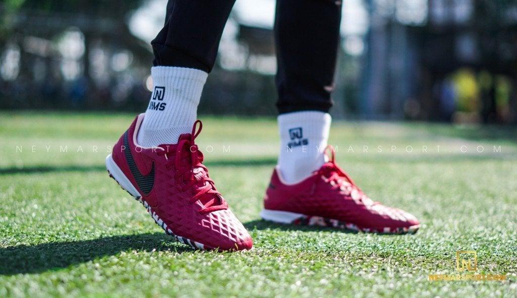 Công nghệ giày cỏ nhân tạo Nike Tiempo Legend 8