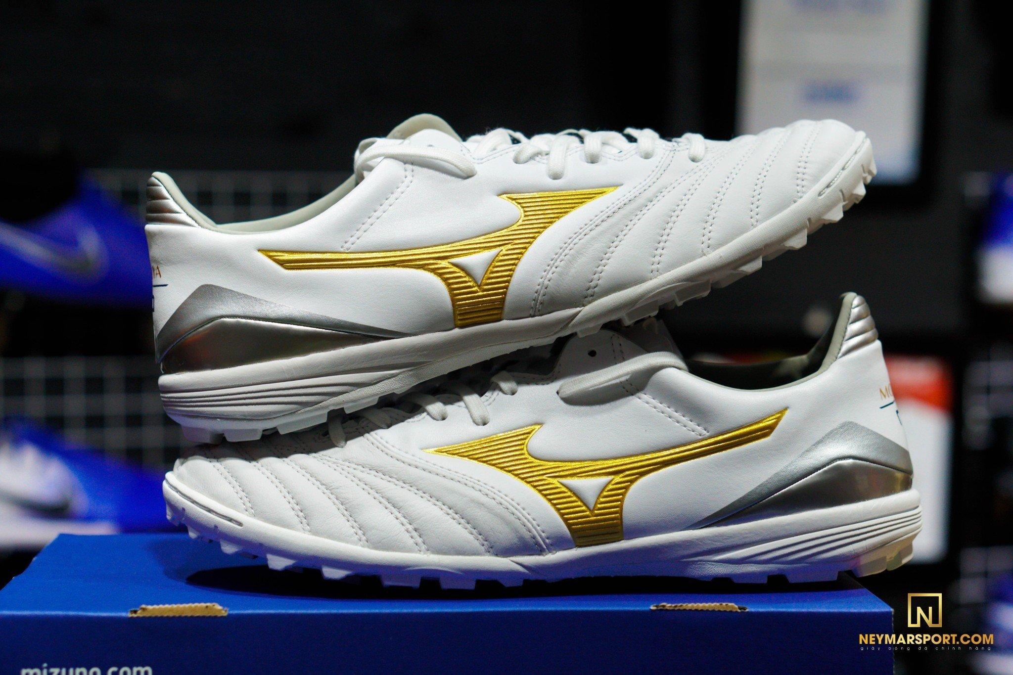 Giày đá banh Mizuno Morelia Neo KL II AS TF White/Gold