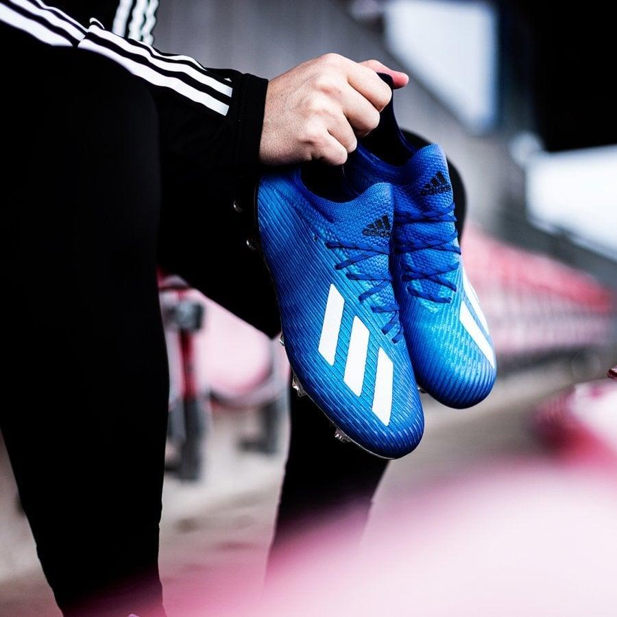 Giày đá banh Adidas X 19 Mutator