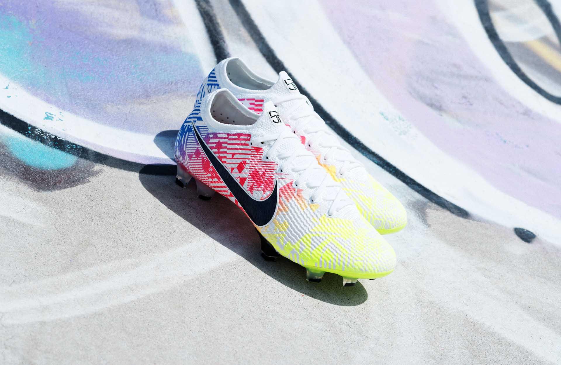 Giày đá banh Nike NJR Jogo Prismático
