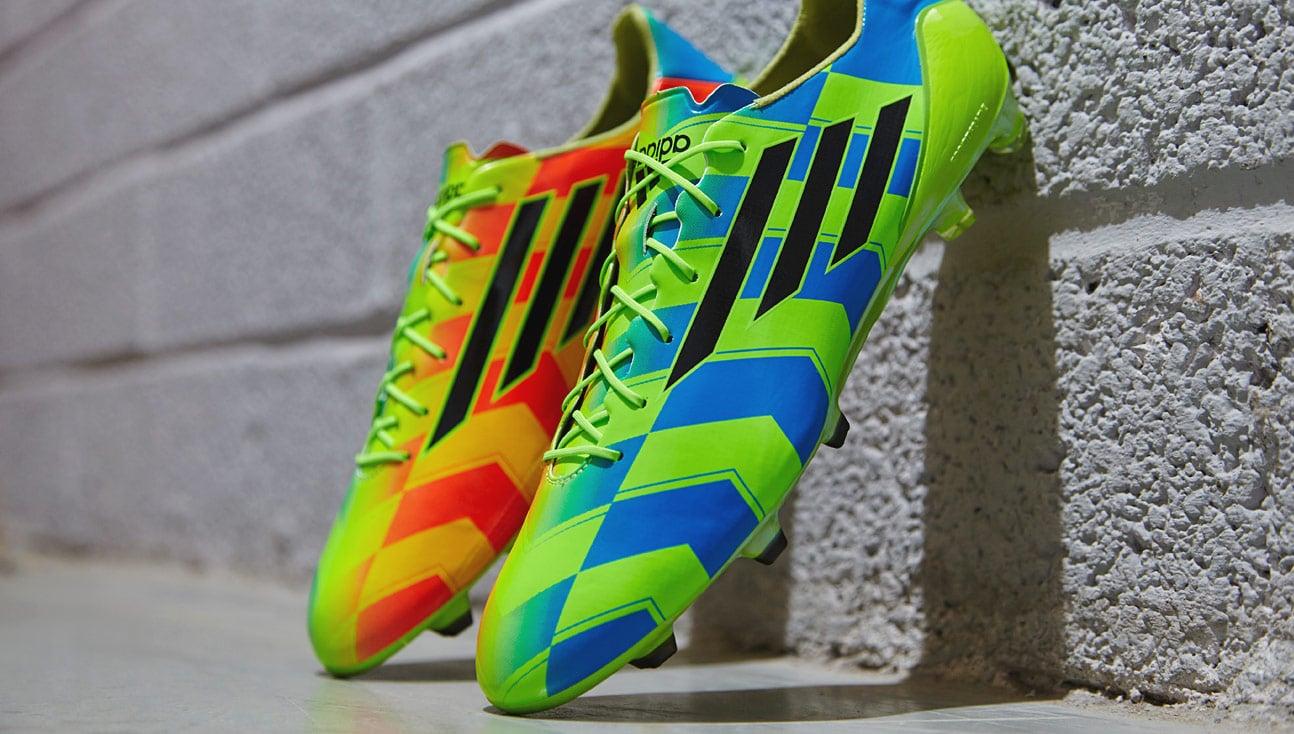 Giày đá bóng adidas Crazylight