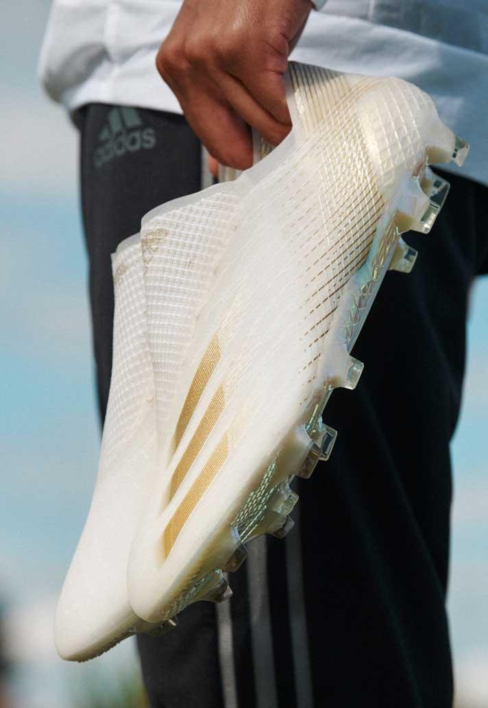 Ngoại hình đẹp mắt của giày bóng đá Adidas X20 Ghosted