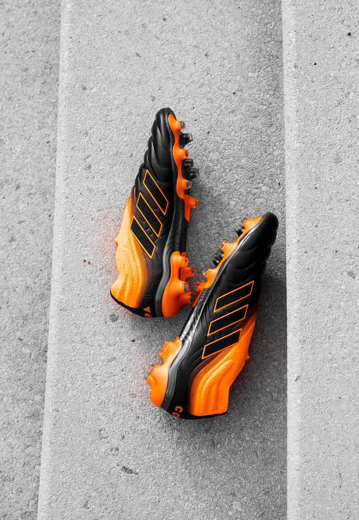 Dybala mang giày đá bóng Adidas Copa 20+ Precision to Blur