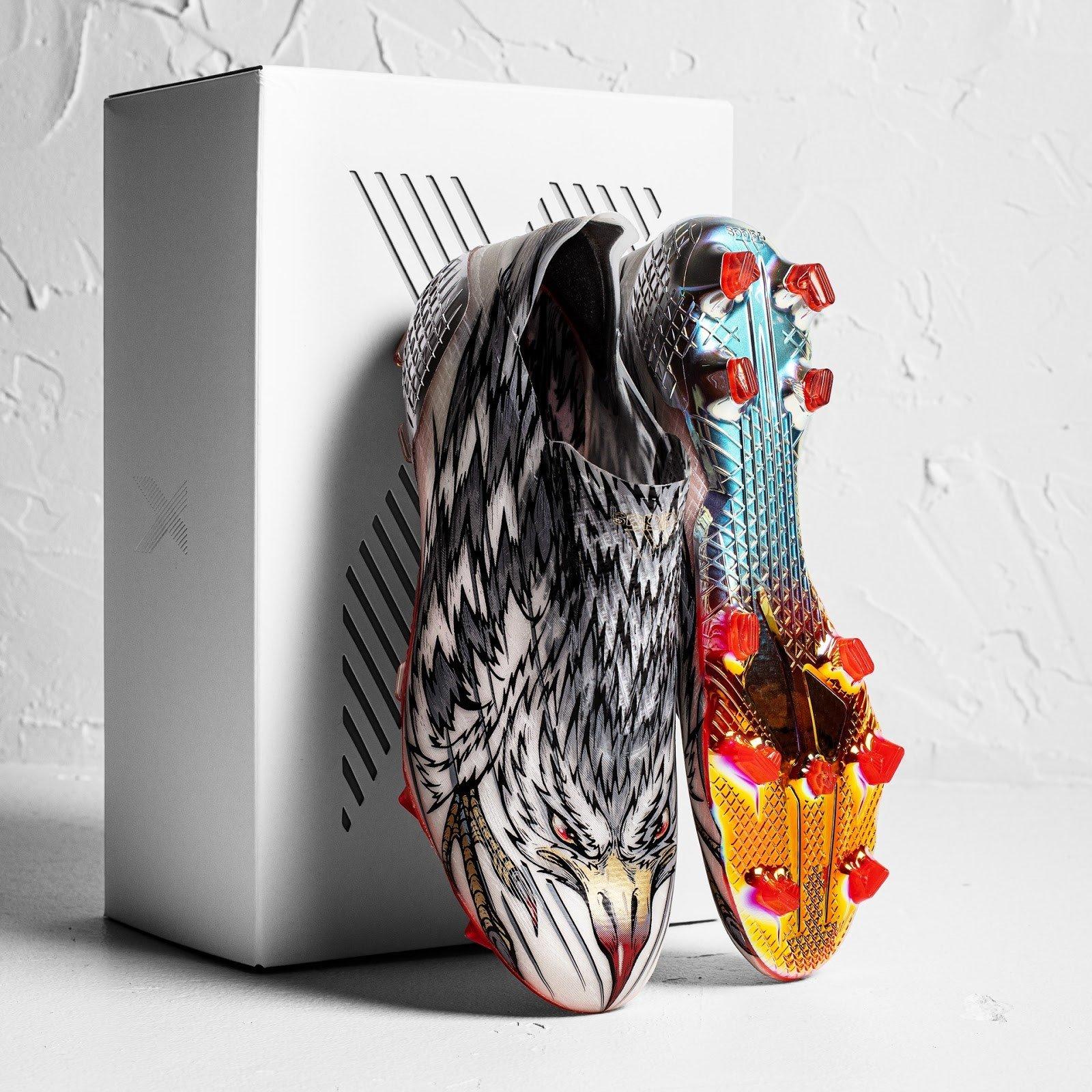 Adidas X Ghosted+ PF được đại diện bởi Lucas Moura