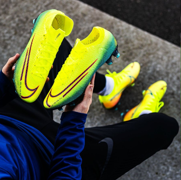 Mercurial Vapor 13 Elite DREAM SPEED 2
