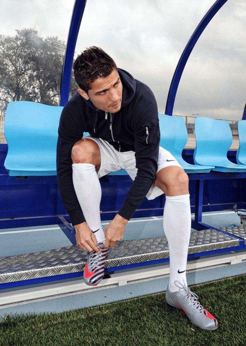 Giày đá banh Nike Mercurial Vapor Superfly CR7 III