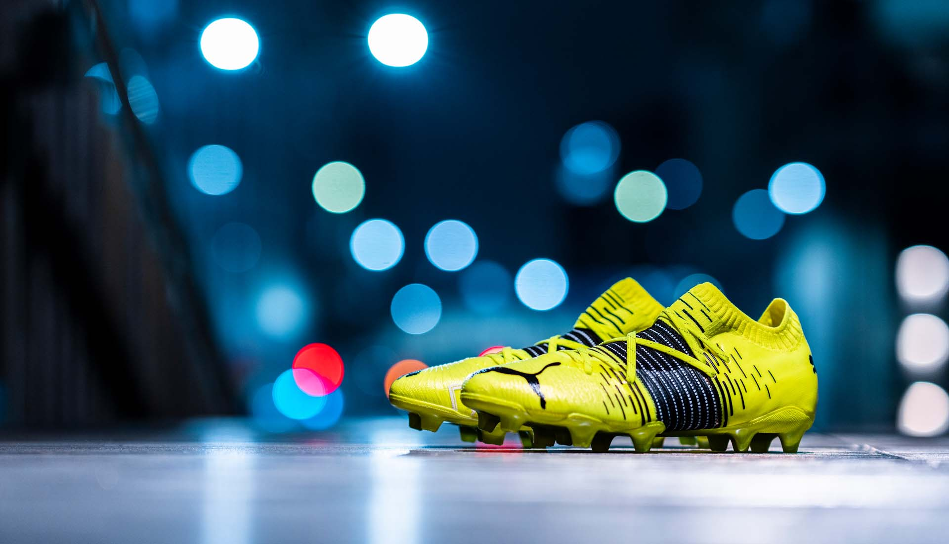 Giày đá bóng PUMA Future Z