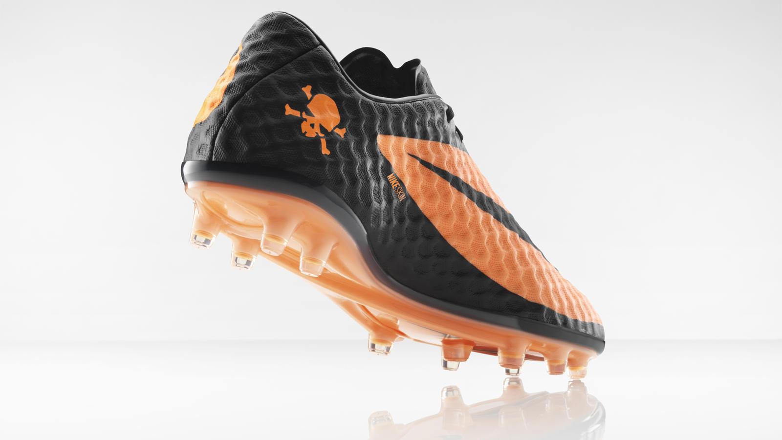 Giày đá banh Nike Hypervenom Phantom - 2013