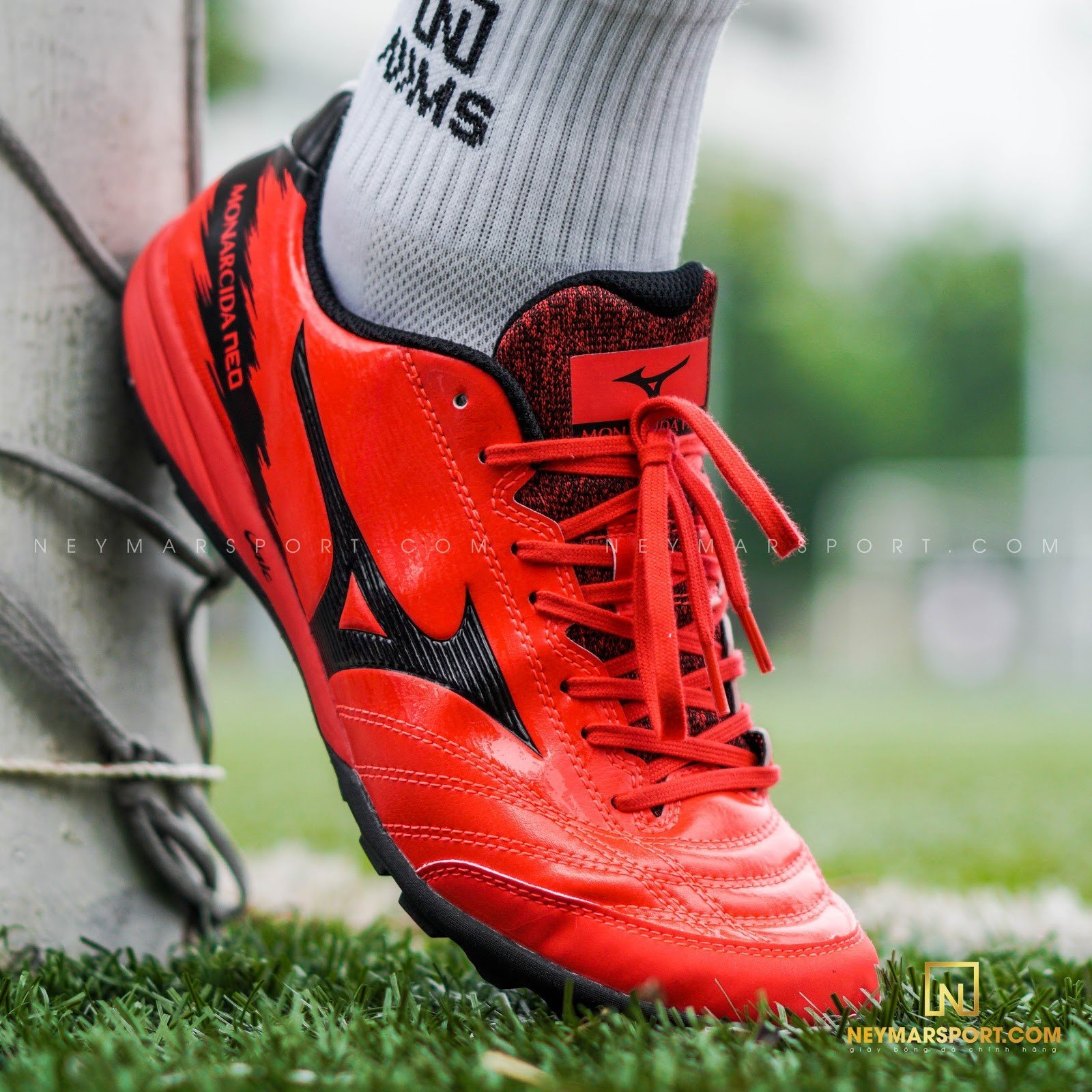 Giày đá bóng Mizuno Monarcida Neo Sala Pro TF - Ignition Red/Black