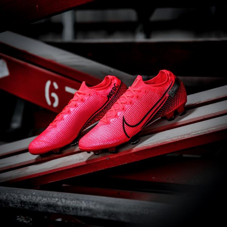 Giày đá bóng Nike Future Lab Pack
