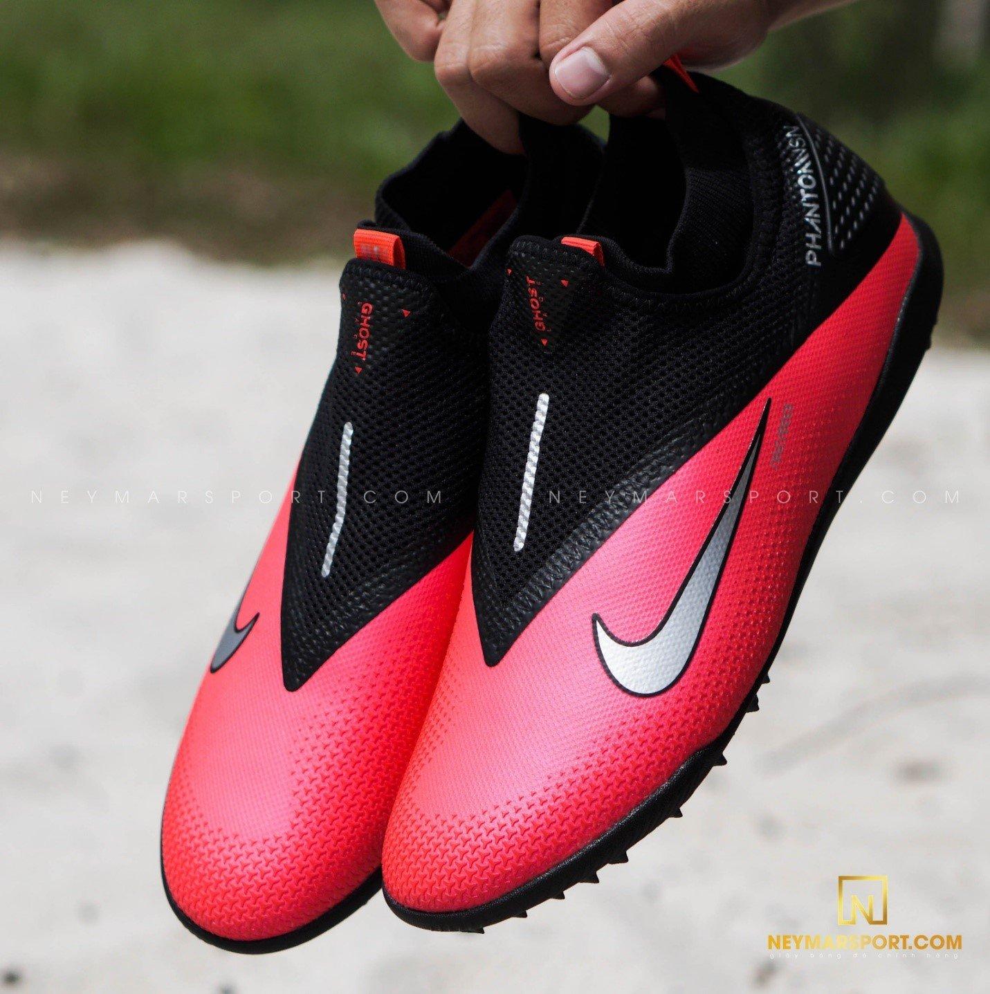 Công nghệ của giày đá bóng Nike Phantom VSN