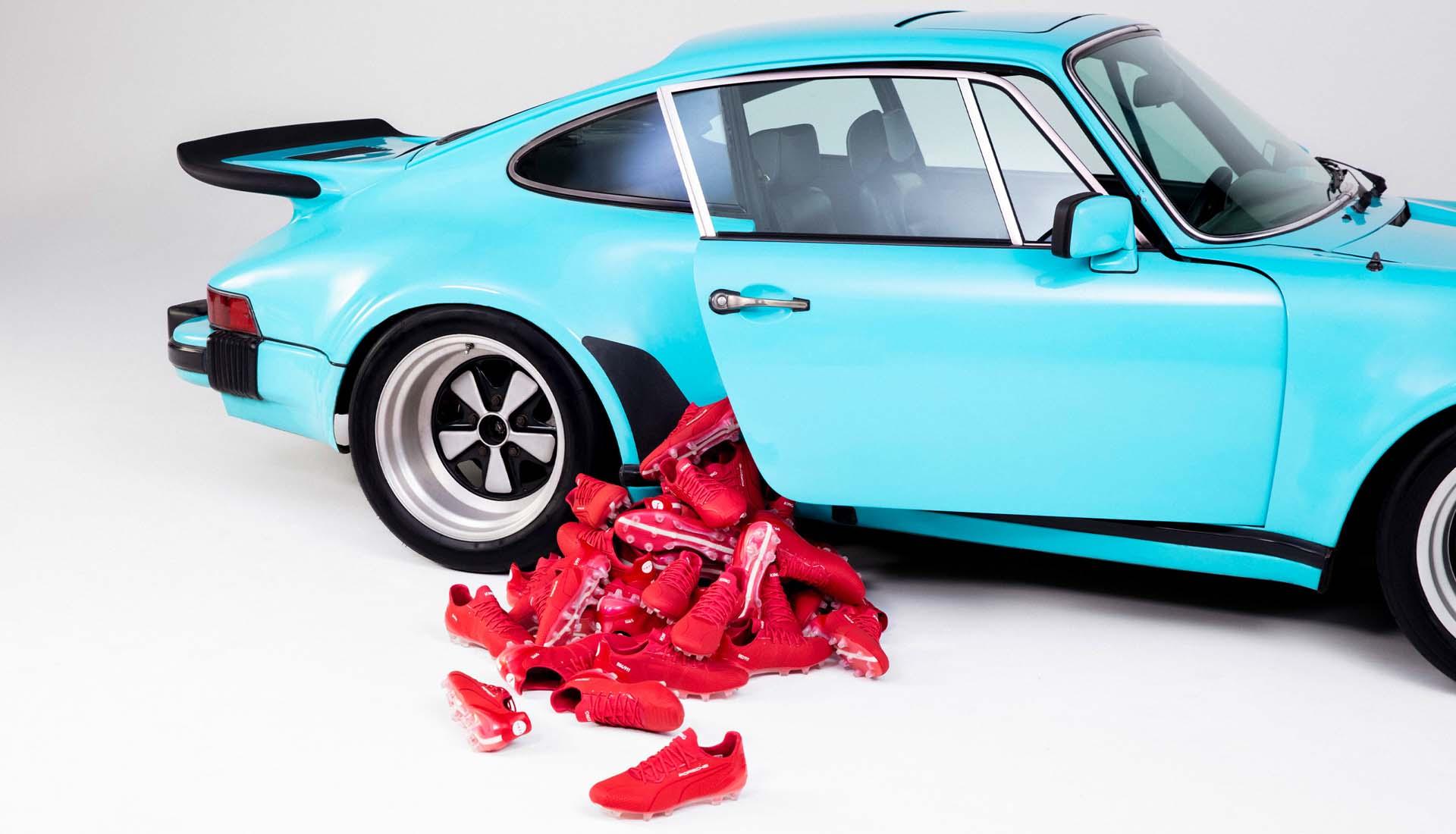 Giày đá bóng PUMA & Porsche King Platinum '911 Legacy'