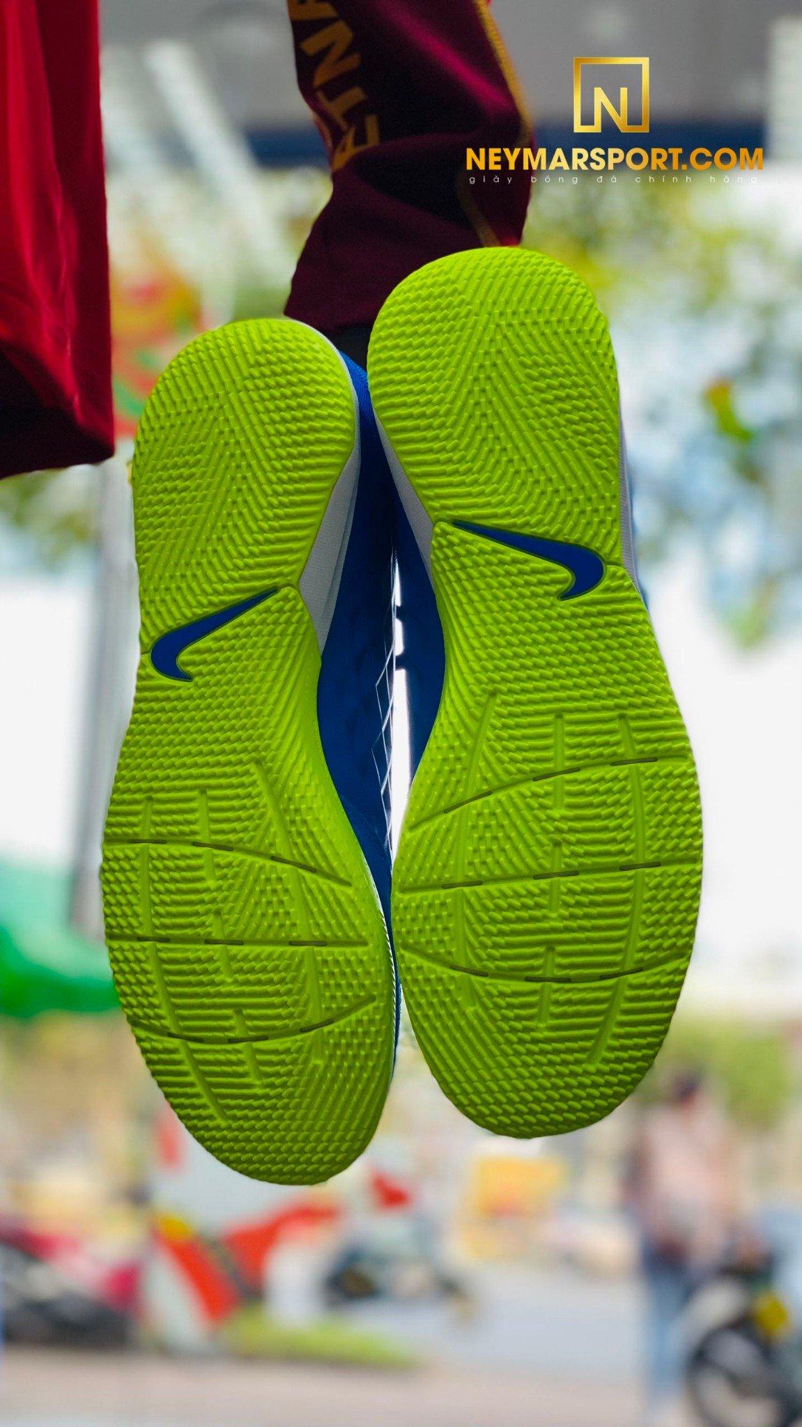 Giày đá bóng Nike Tiempo Legend 8 Academy IC Skycourt