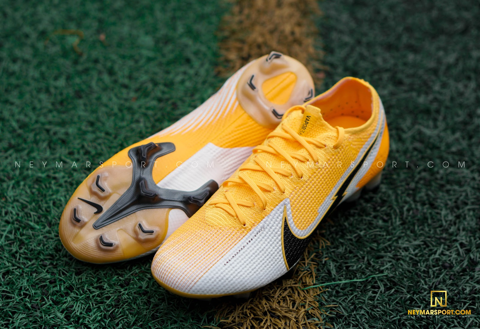 Giày đá bóng Nike Mercurial Daybreak Pack
