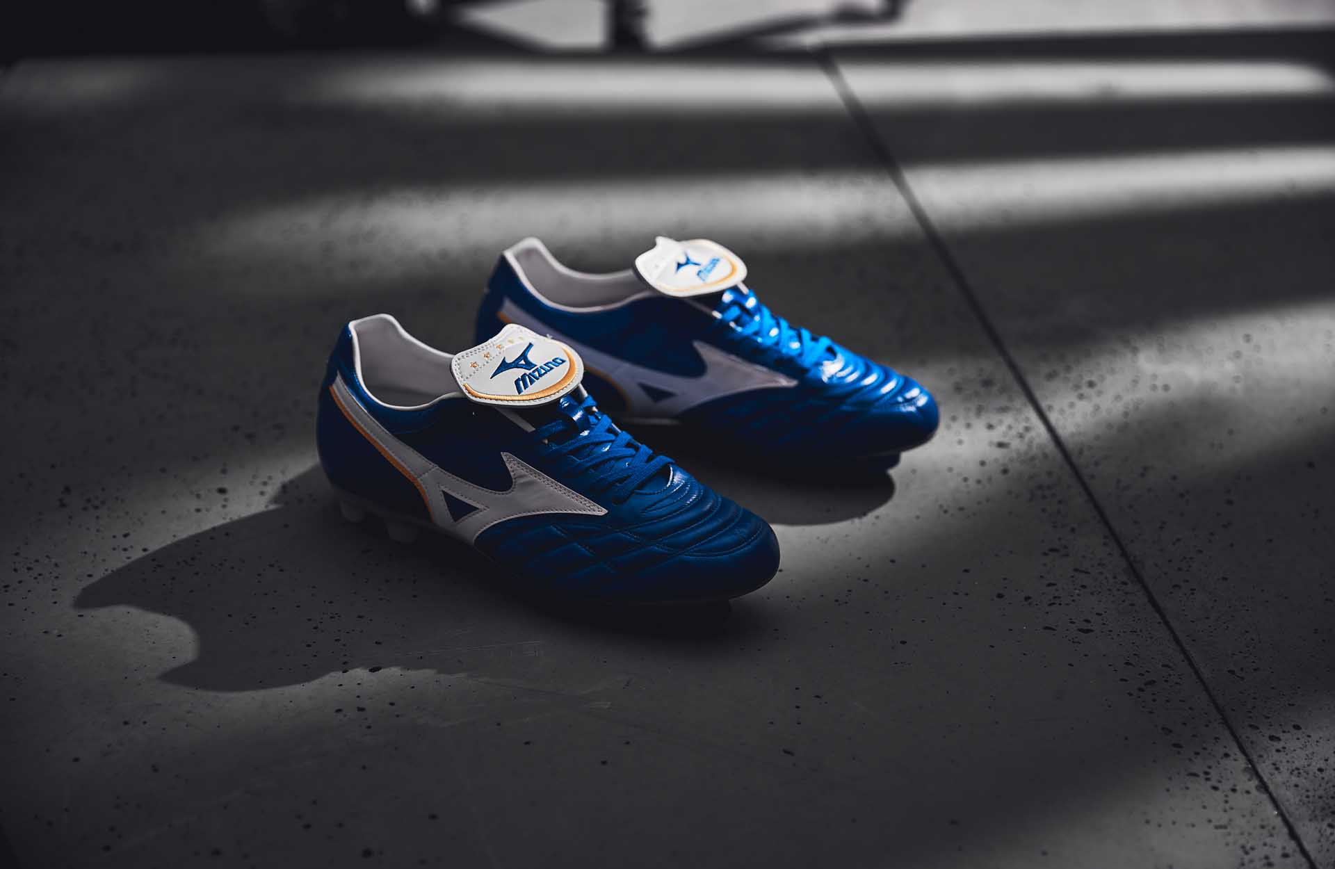 Giày bóng đá Mizuno Wave Cup Legend mang đến cảm giác thoải mái