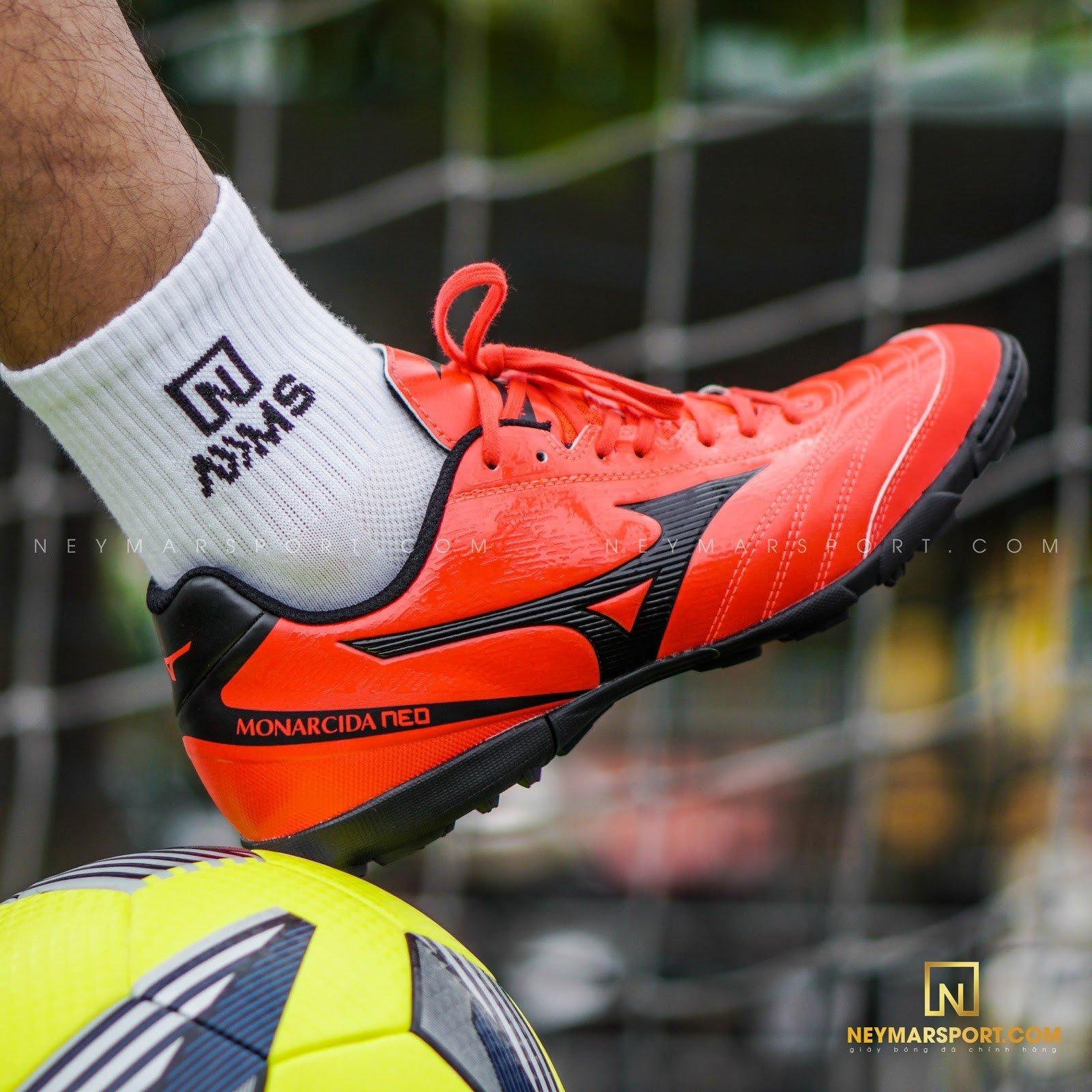 Giày đá bóng Mizuno Monarcida Neo Sala Select