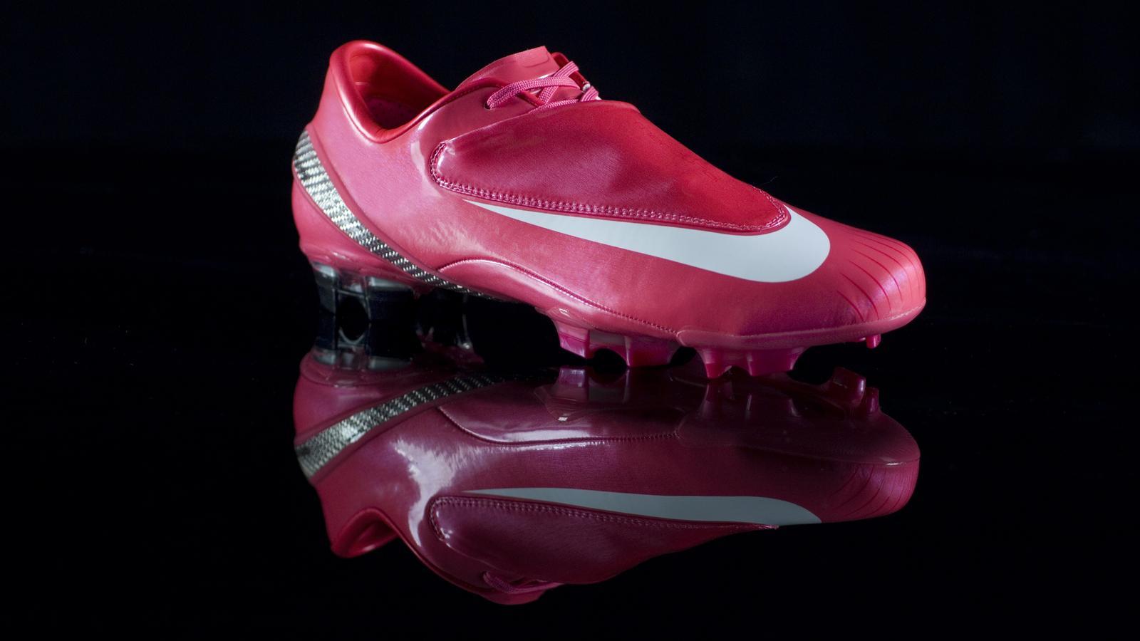 Giày đá banh Nike Mercurial Vapor Rosa 2008