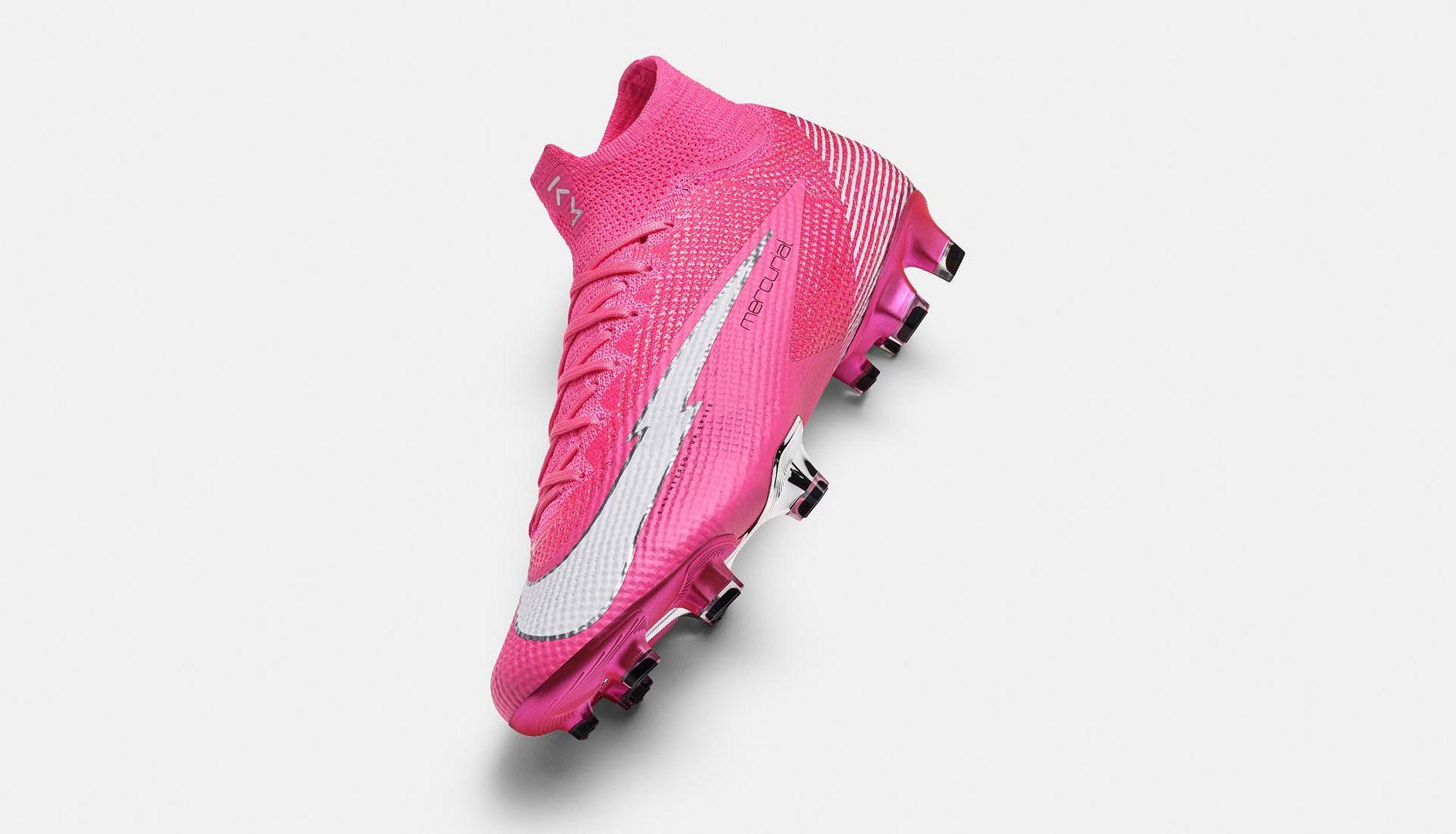 Vẻ ngoài đẹp mắt của Nike Mercurial Mbappé Rosa