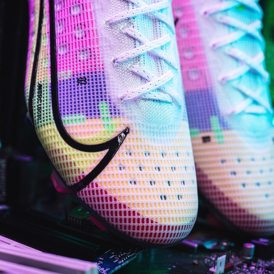 Phiên bản giới hạn Nike Mercurial
