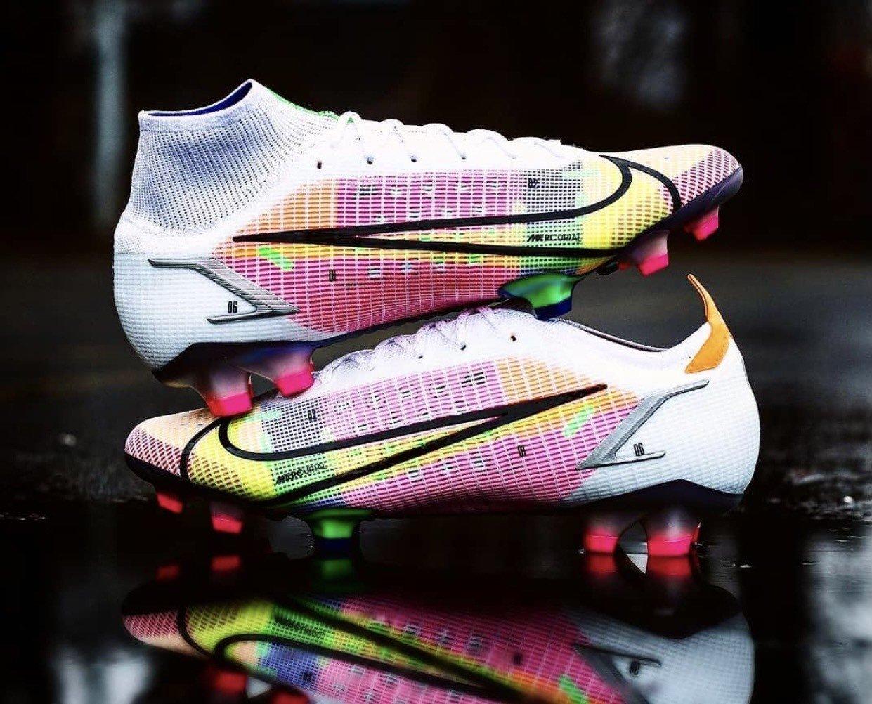 Siêu phẩm giày đá bóng Nike Mercurial Dragonfly - Mercurial Superfly 8 và Vapor 14