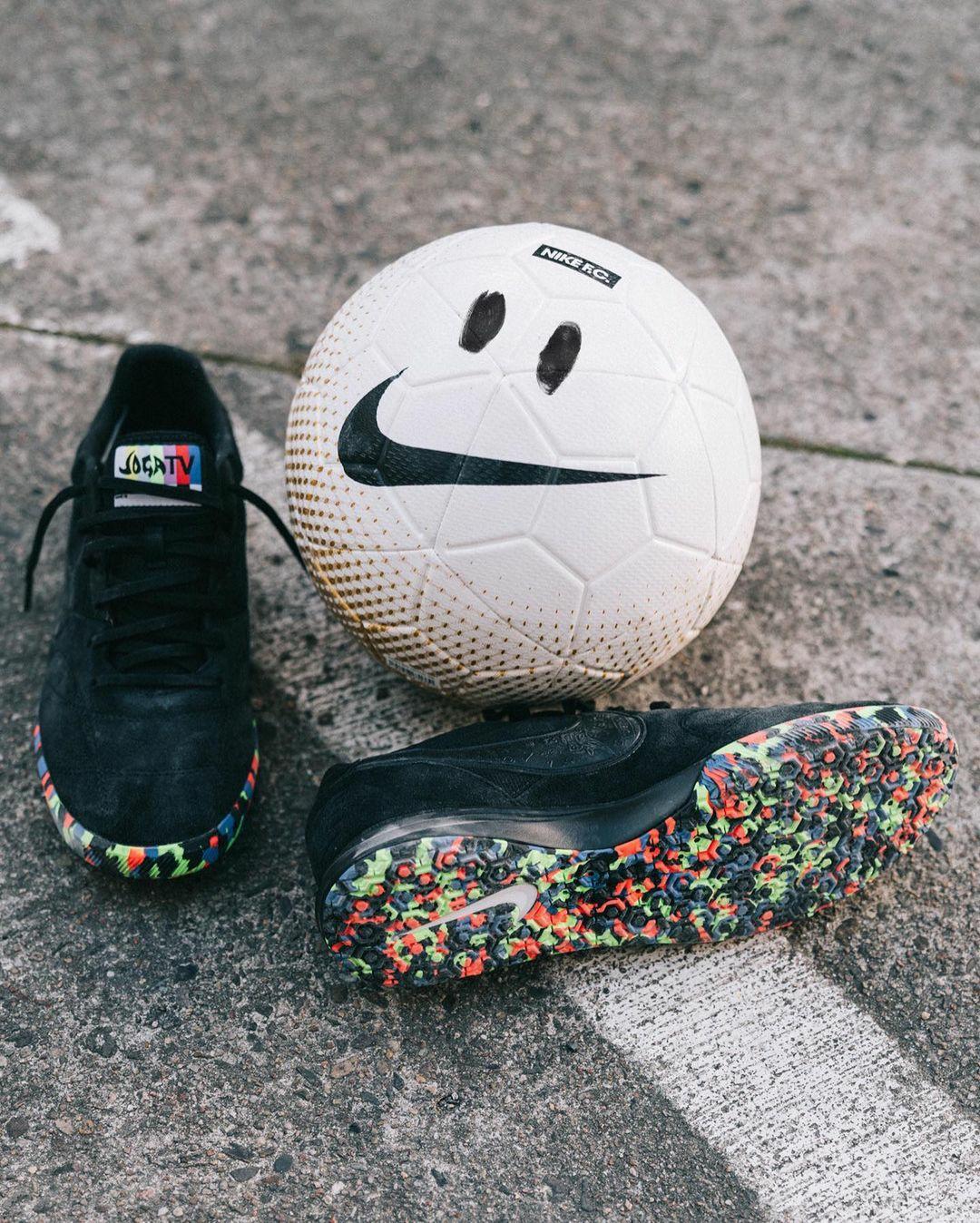 Giới thiệu giày đá banh Nike Premier II Sala Joga Bonito