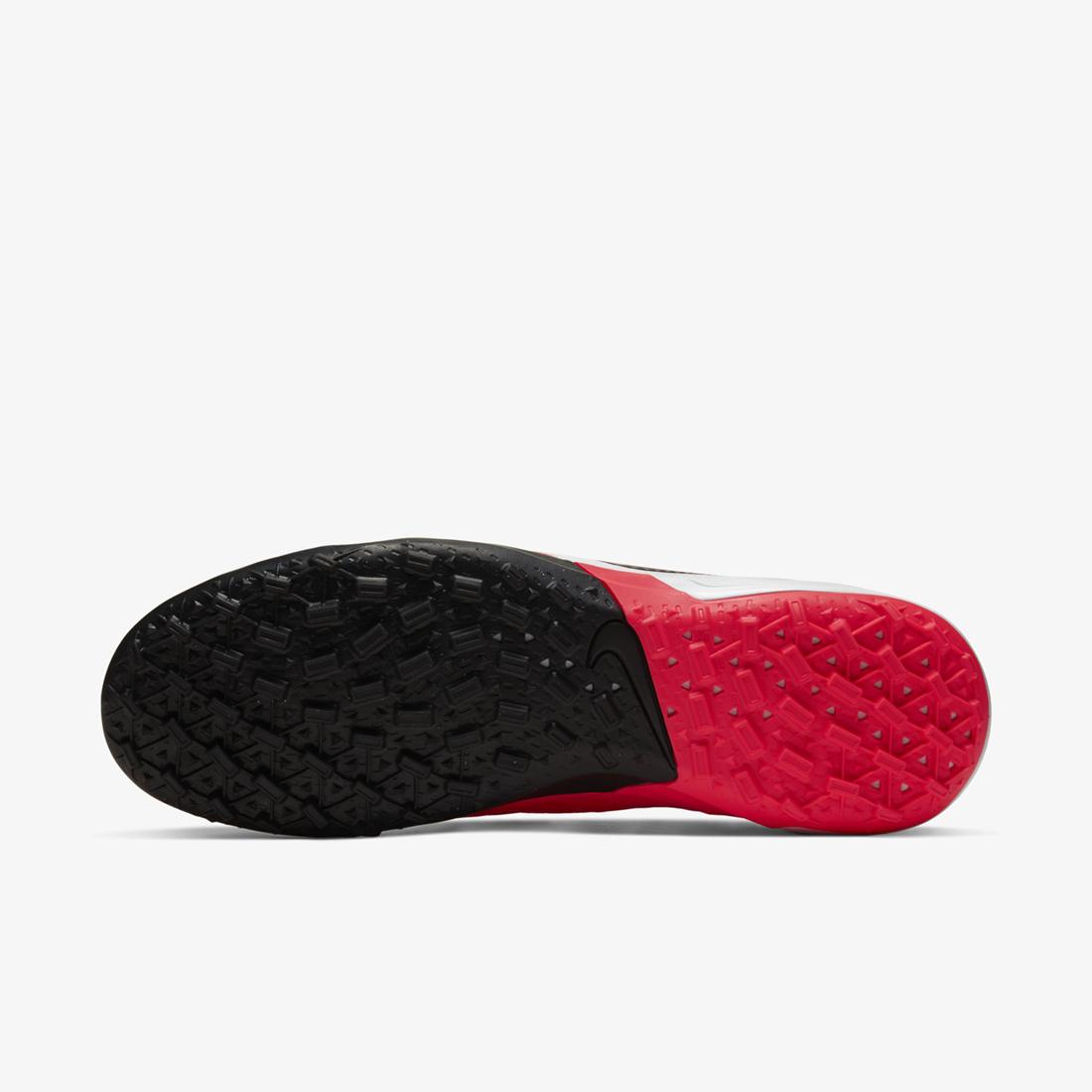 Nike Tiempo có form giày thoải mái