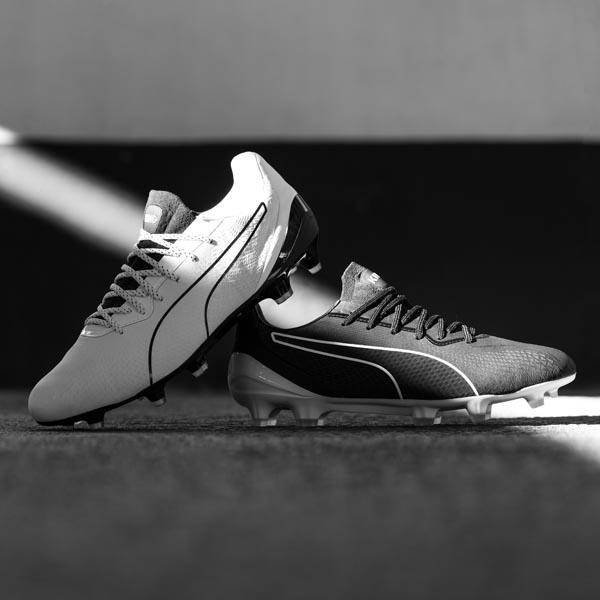 giày đá banh Puma