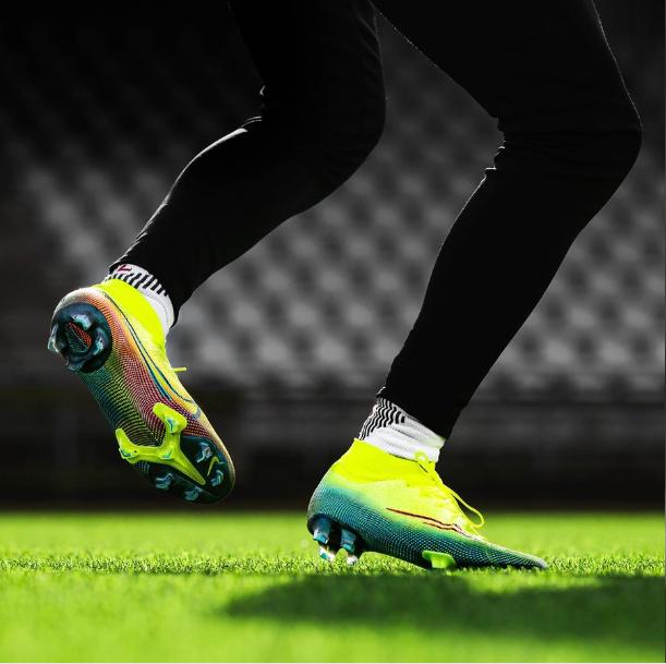 Giày đá banh chính hãng. Giày đá banh Nike. Giày đá banhMERCURIAL DREAM SPEED