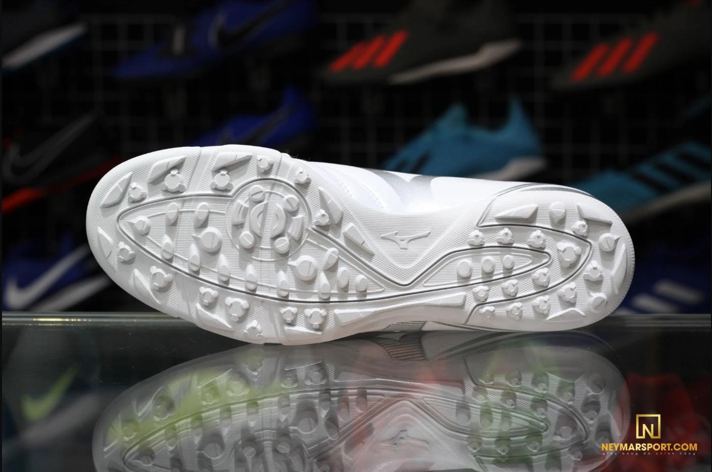 Giày đá banh Mizuno Monacida 9