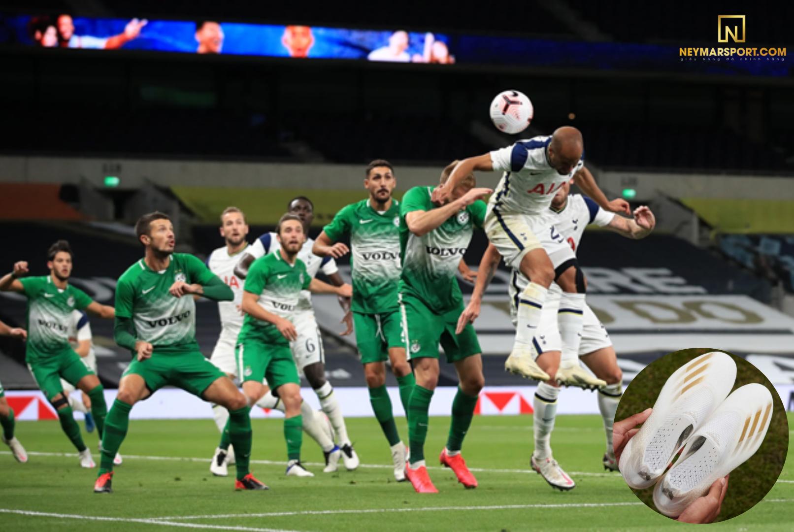 Lucas Moura mang giày đá banh Adidas X Ghosted (Tottenham vs Maccabi Haifa)