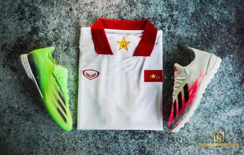 GRAND SPORT áo thi đấu đội tuyển Việt Nam sân khách 2021