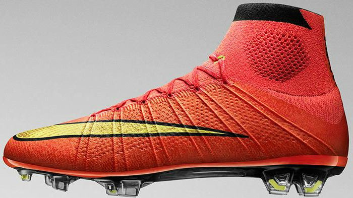 Giày đá bóng Nike Mercurial Superfly IV cổ cao được ra mắt tại World Cup 2014