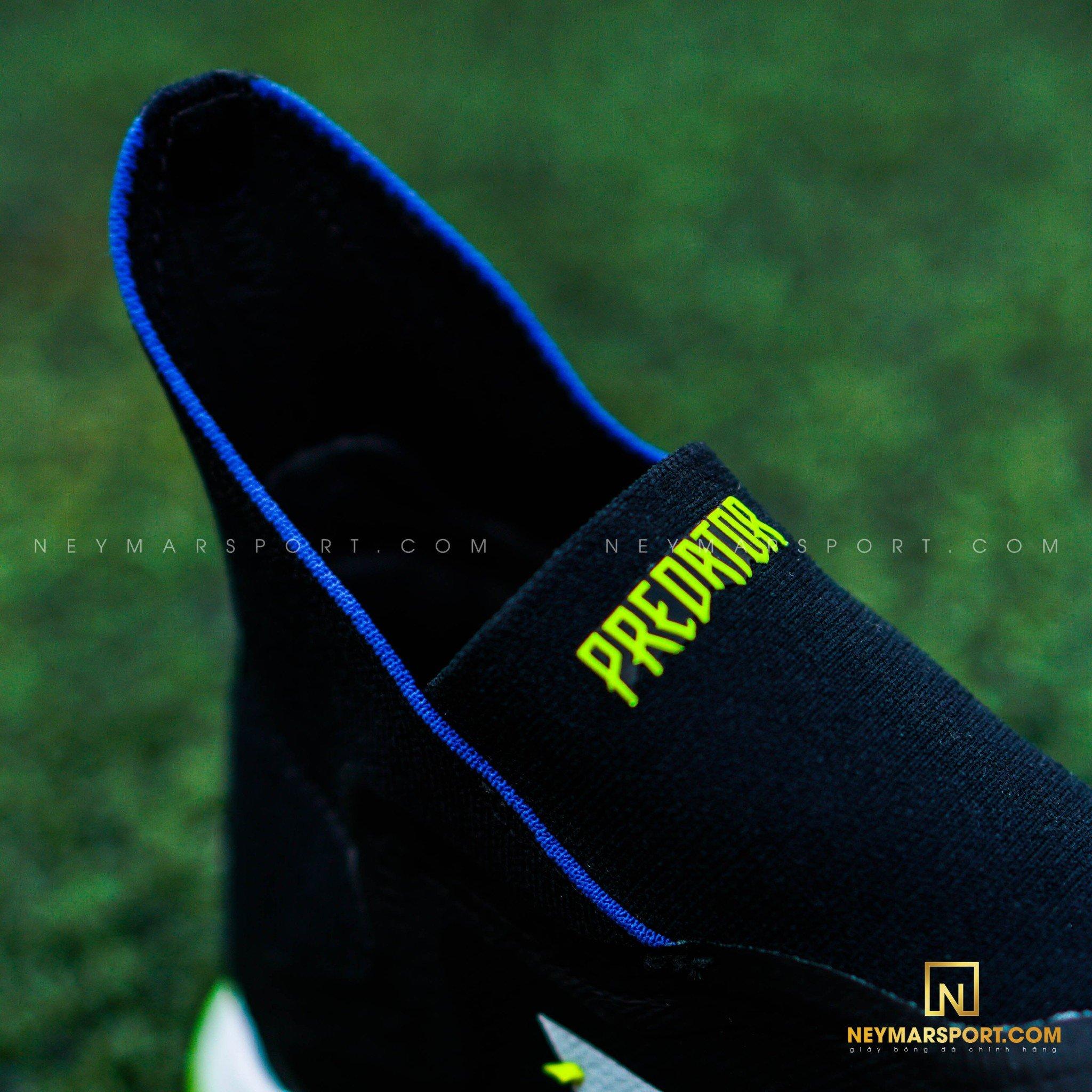 Cổ thun 2 phần liền mạch được nâng cấp tạo cảm giác ôm khít giữa cổ chân và giày khi mang