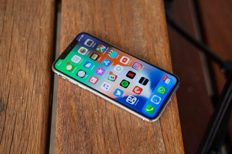"""Tại sao chỉ với những thay đổi nhỏ trên iPhone 12, Apple đã khiến cộng đồng iFans """"dậy sóng""""?"""