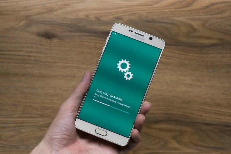 Góc thắc mắc: Smartphone của Android có tuổi thọ tối đa là bao lâu?
