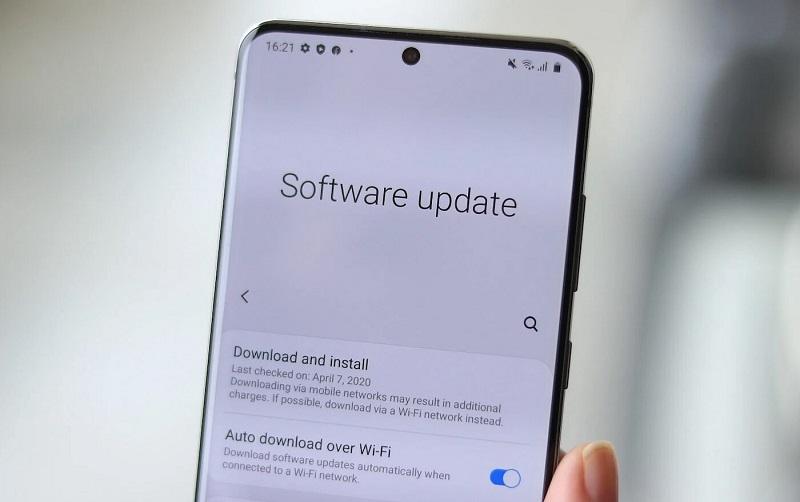 Điều gì khiến Samsung luôn nắm giữ vị trí thủ lĩnh của thế giới Android?