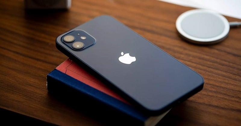 """iPhone 12 khan hiếm, không """"tậu"""" ngay lúc này thì chờ đến bao giờ?"""