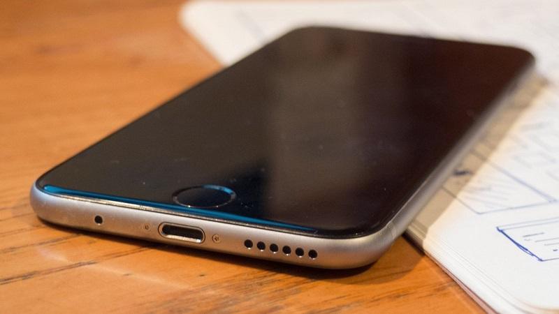 """Điểm danh những xu hướng công nghệ được Apple tạo ra: ban đầu bị chê ai, sau trở thành """"hot-trend""""!!!"""
