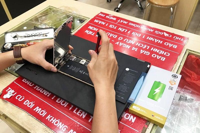 Thay pin giờ vàng tại Minh Hoàng Mobile
