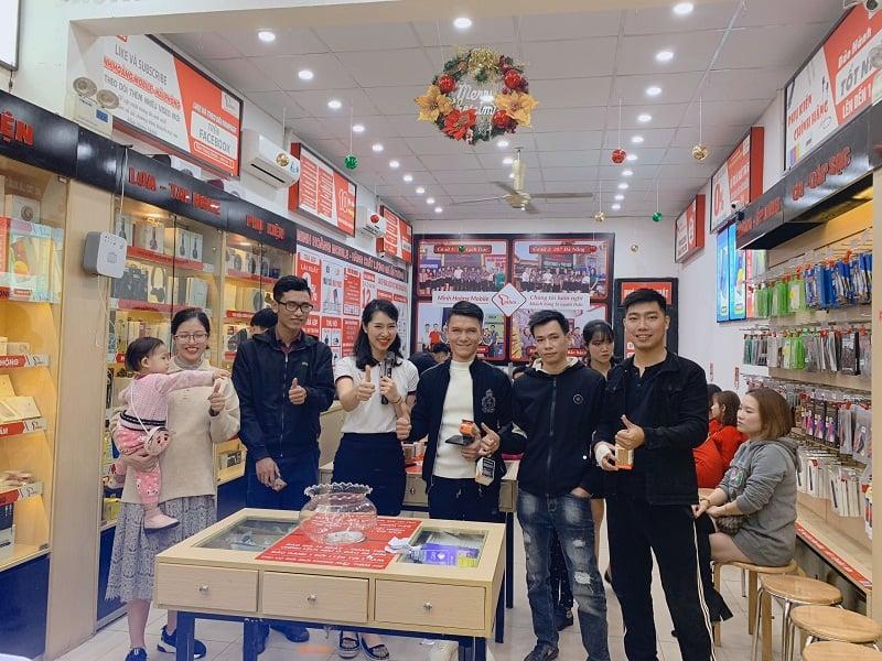Thứ 4 vui vẻ - săn đồ siêu rẻ tại Minh Hoàng Mobile