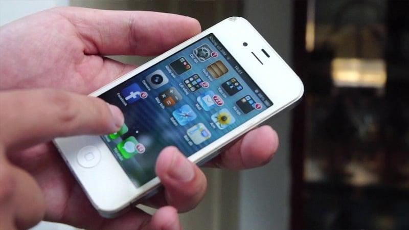 iPhone 4 đã từng gây sốt, nhưng tuyệt đối không nên mua ở thời điểm này!