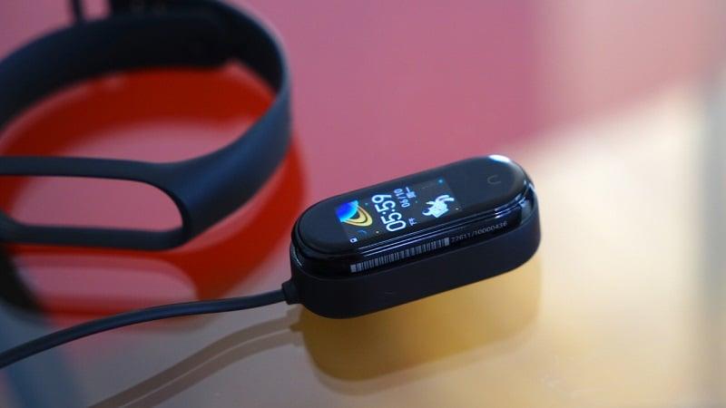 Xiaomi Mi Band 4 - Chính hãng Fullbox