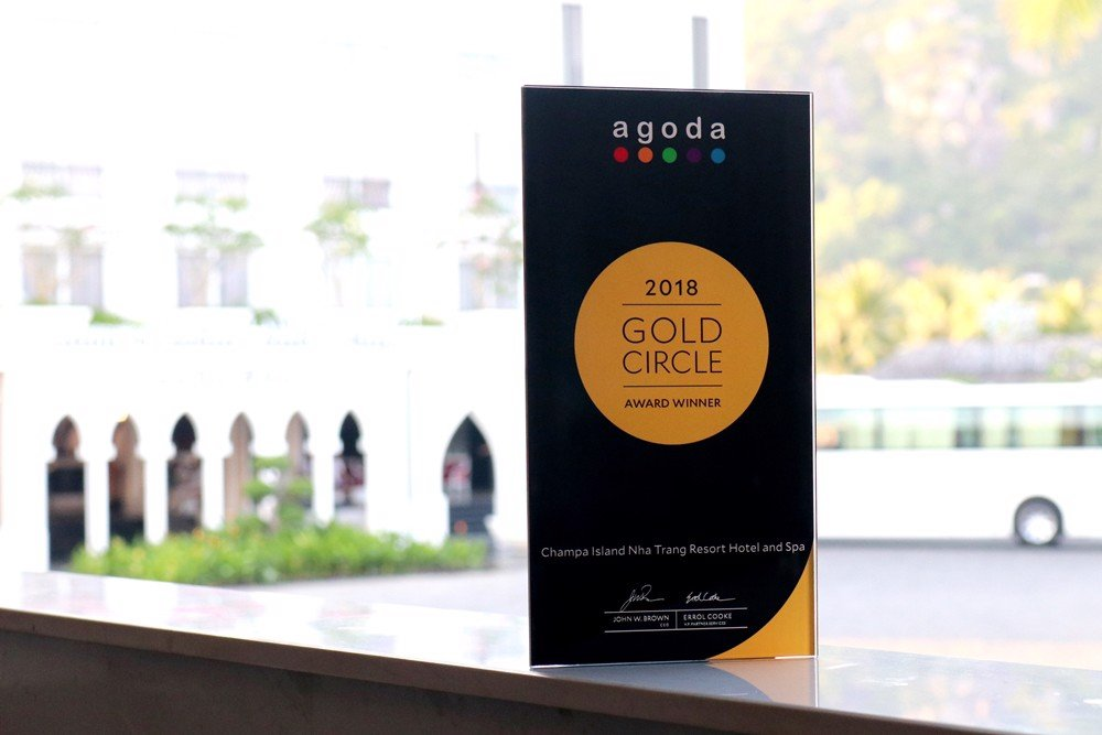 AGODA GOLD CIRCLE AWARD 2018