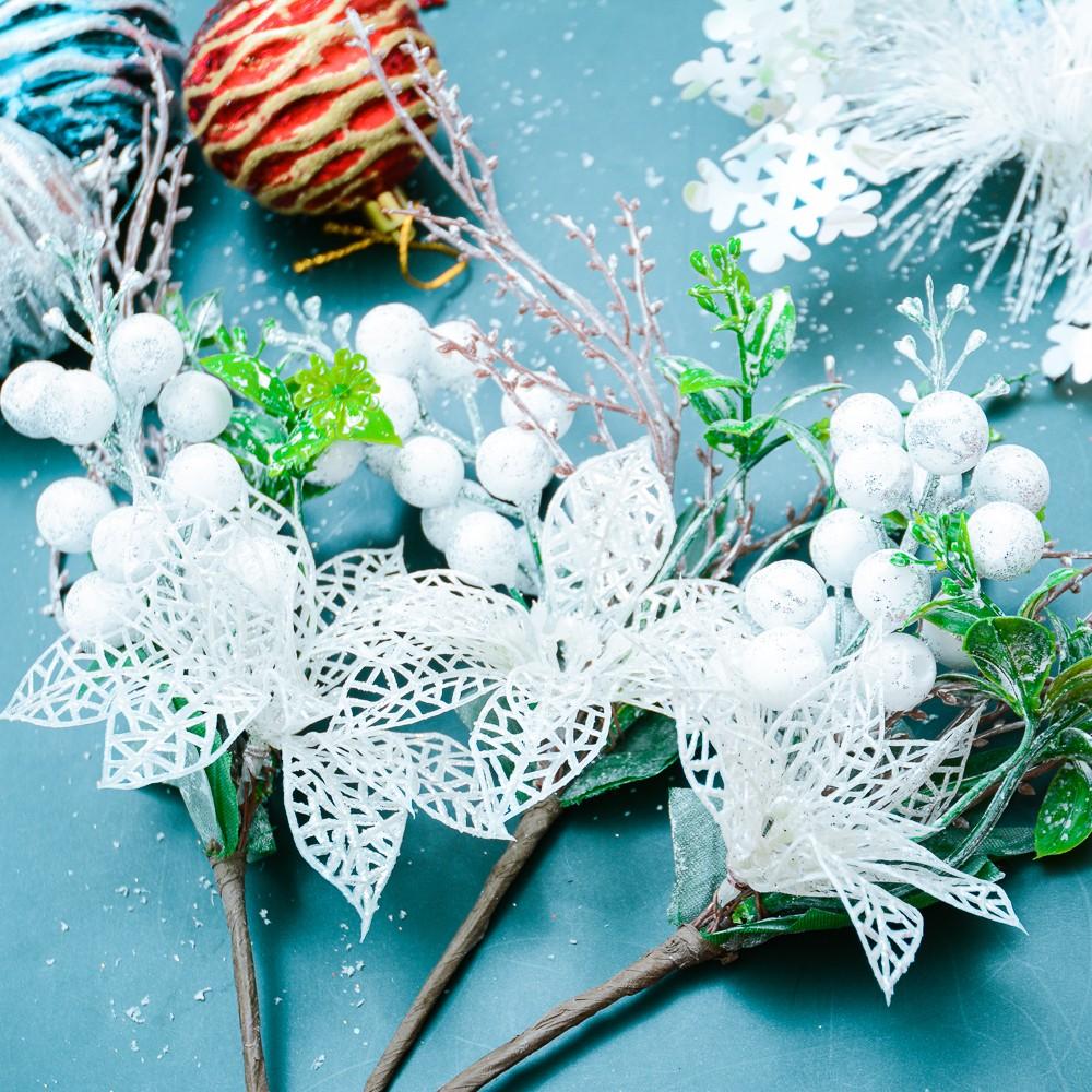 Cành hoa trắng trái trắng trang trí Noel