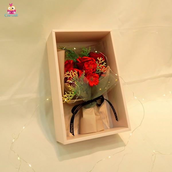 Hộp hoa sáp 5 bông