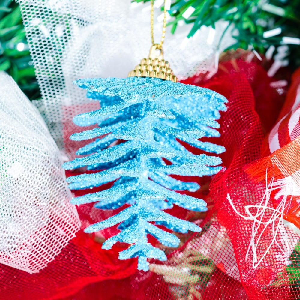 Thông kim tuyến trang trí Noel